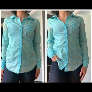 Guess buttons down blouse